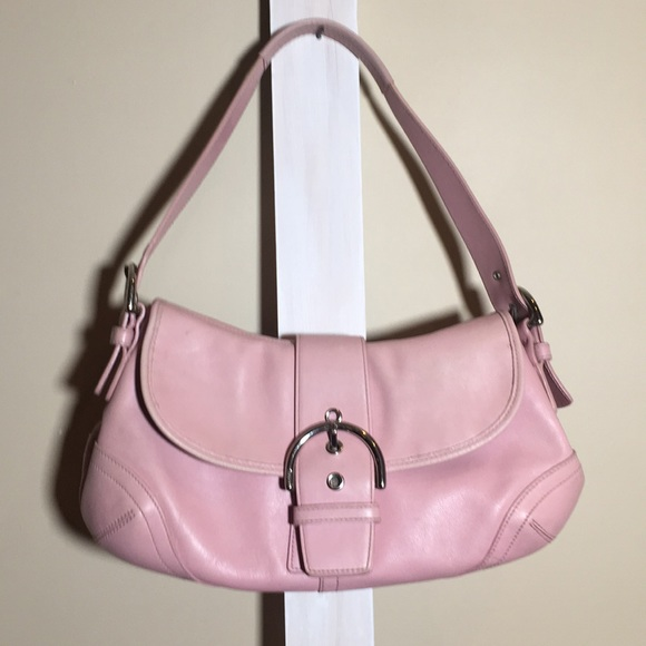 e36c5798daa6b Vintage pink small Coach shoulder bag purse